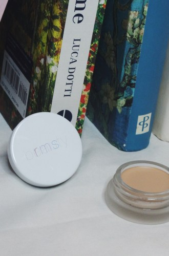 RMS Beauty Un-Cover Up Concealer/Foundation Review