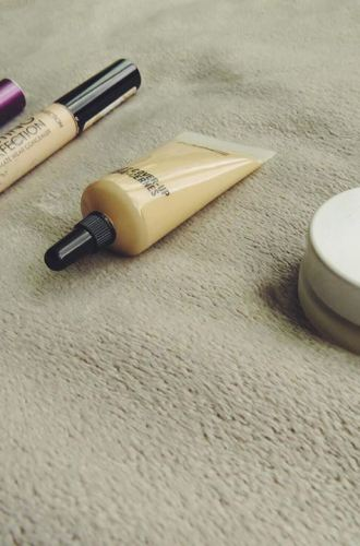 Best Concealers for Under-Eye Circles