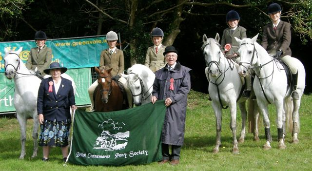 Visiting U.K ponies and riders with Judges Sarah Hodgkins and Michael Sharply