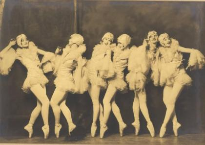 A photograph of the Ziegfeld follies.