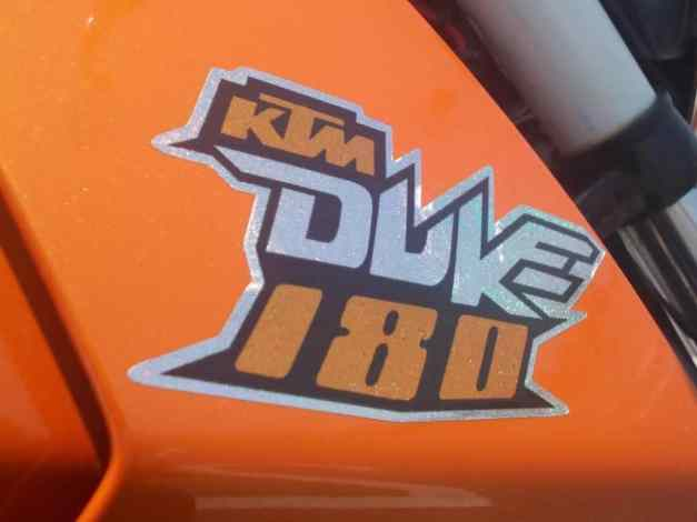 KTM Duke 180... :mrgreen: ...