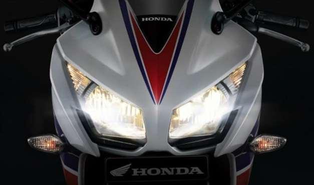 Honda CBR 250R 2015 (1)