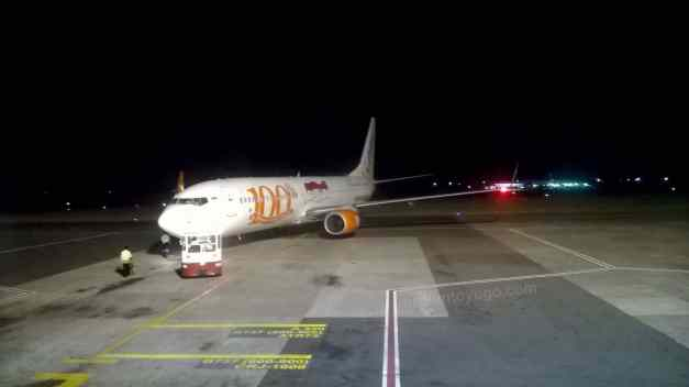 Boeing 737-9GP ER WL pushback...