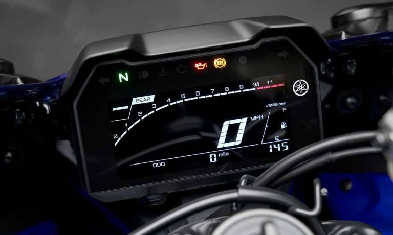 Yamaha R7 2022 Dashboard