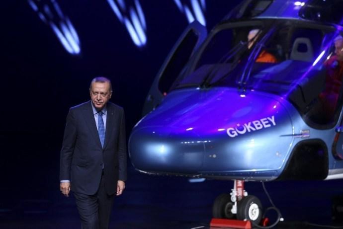 https://iadsb.tmgrup.com.tr/f864ed/0/0/0/0/800/534?u=https://idsb.tmgrup.com.tr/2018/12/12/turkey-names-locally-developed-t625-multi-purpose-helicopter-as-gokbey-erdogan-says-1544612467587.jpg