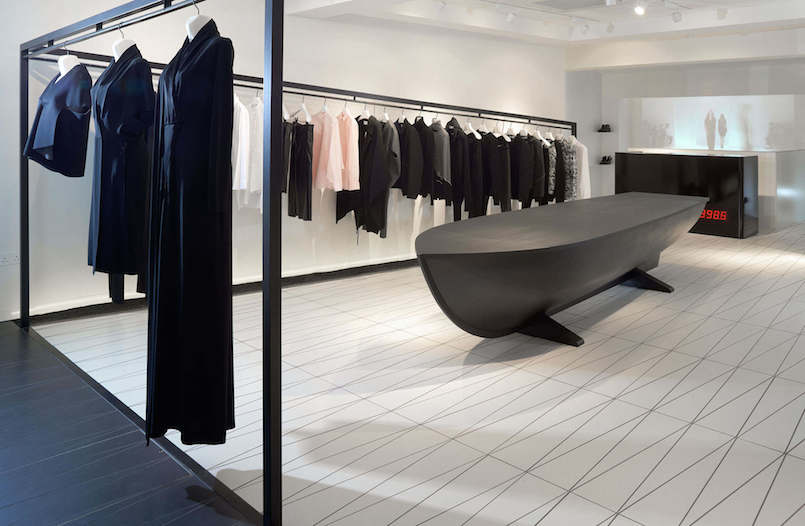 Area-Retail_Hussein-Chalayan_AZC-Architects_Bourdon-Street_London_2015_02_LR