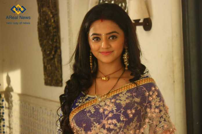Helly Shah New Look