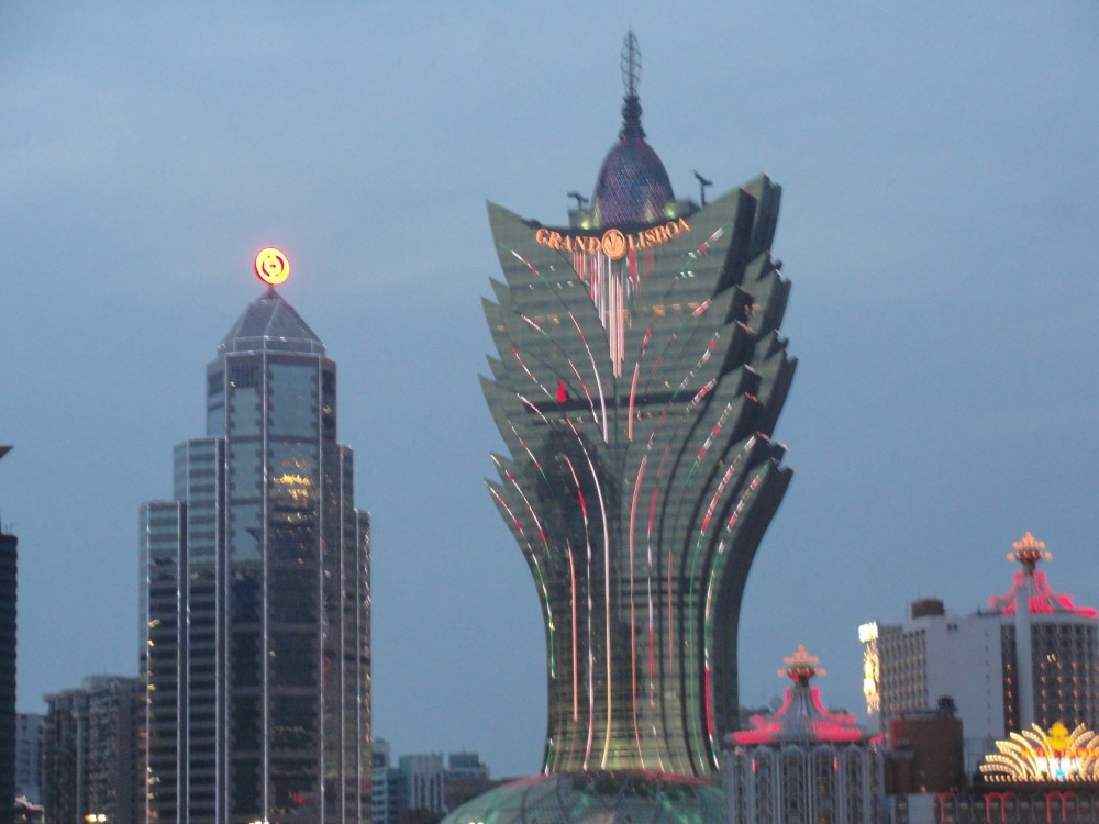 Holy Cow, Macao........... (5/6)