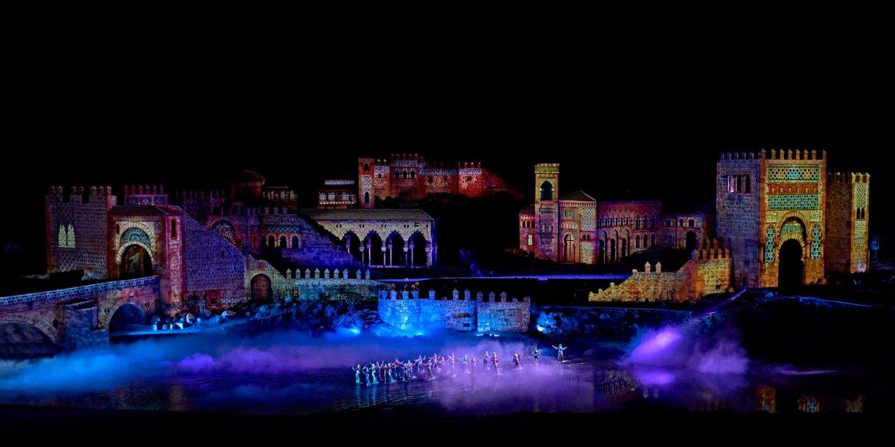 La proyección láser de Christie ayuda a convertir la historia en espectáculo en Puy du Fou España