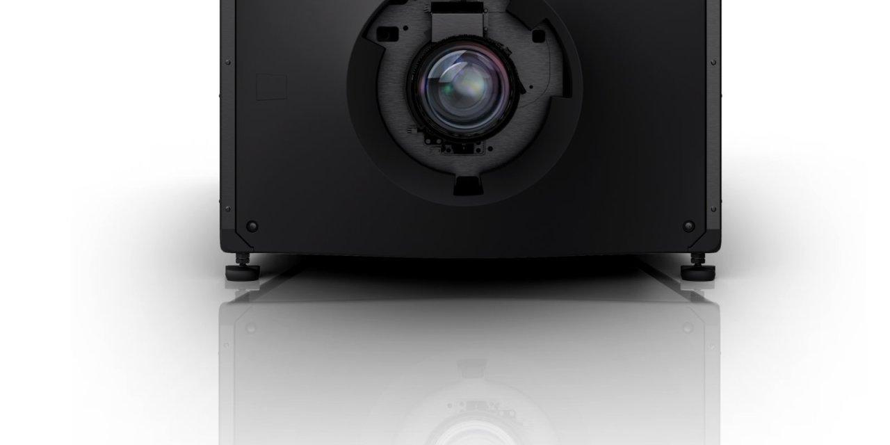 Christie CP4415-RGB y CP4420-RGB ofrecen un rendimiento cinematográfico de alta gama para pantallas más pequeñas