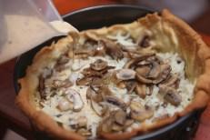 Quick mushroom quiche