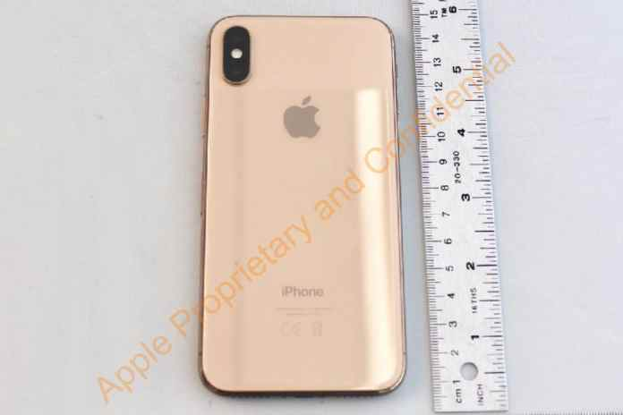 spinonews Apple iPhone X Gold