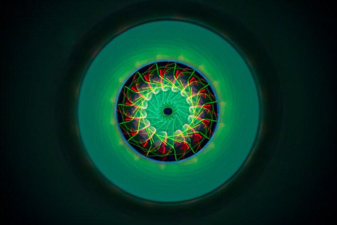 areflect Negative energy