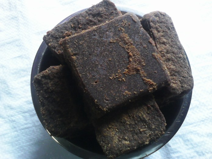 areflect palm jaggery