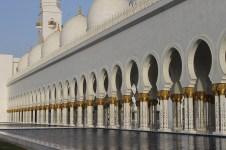Grand mosque in Abu Dhabi6