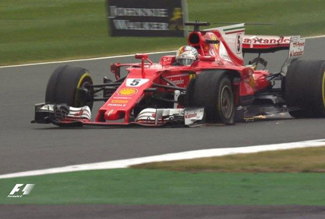 Sebastian-Vettel-Ferrari-F1-Inggris-2017-2