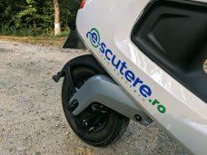 NIU-M1-Pro-Scuter-Electric-Review (2)