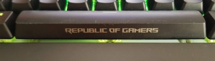 Asus Rog Strix Flare Review: tastatura gaming mecanica cu RGB