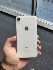 Apple-iPhone-Xr-La-Review (3)