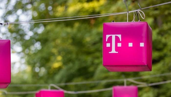 M-am portat si eu pe Telekom, voi reveni si cu feedback dupa cateva luni