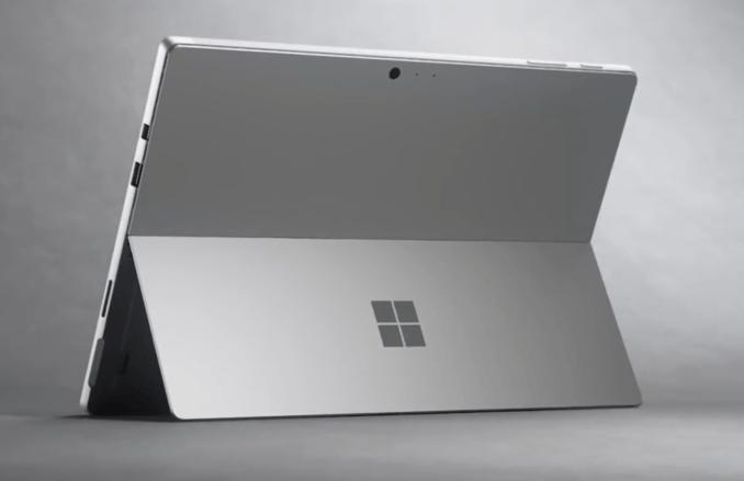 Microsoft a lansat noi produse Surface