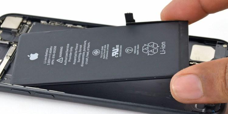 Apple integreaza incarcarea inversa pe noile iPhone-uri