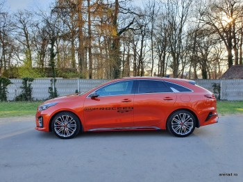Kia-ProCeed-GT-review (2)