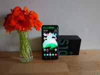 Samsung Galaxy S10+ Snapdragon Edition Review