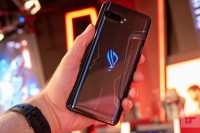 ASUS ROG Phone II este disponibil in Romania