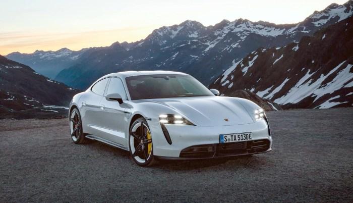 Porsche Taycan lansat: este mai scump si mai incet decat Tesla Model S