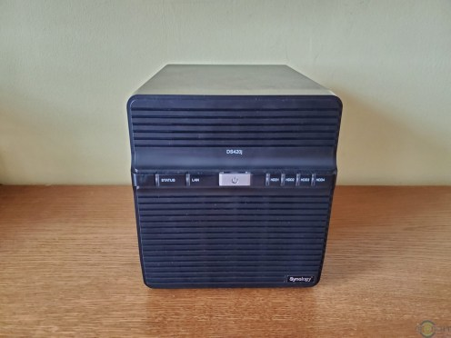Synology DS420J (1)