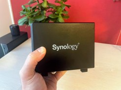 Synology-DS419slim-1