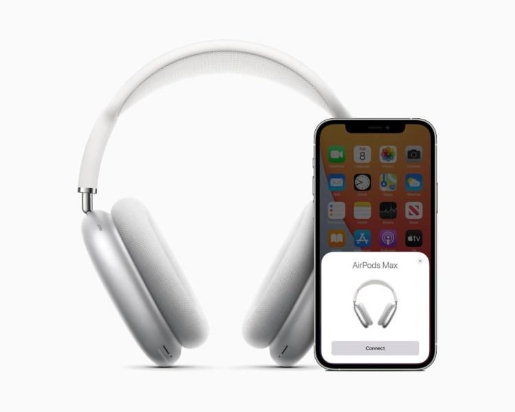 Apple ar putea lansa o versiune din plastic pentru AirPods Max