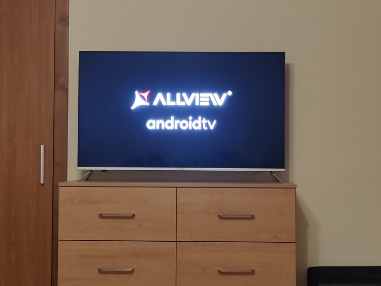 Review Allview QLED 50ePlay6100-U: smartTV 4K cu Android TV