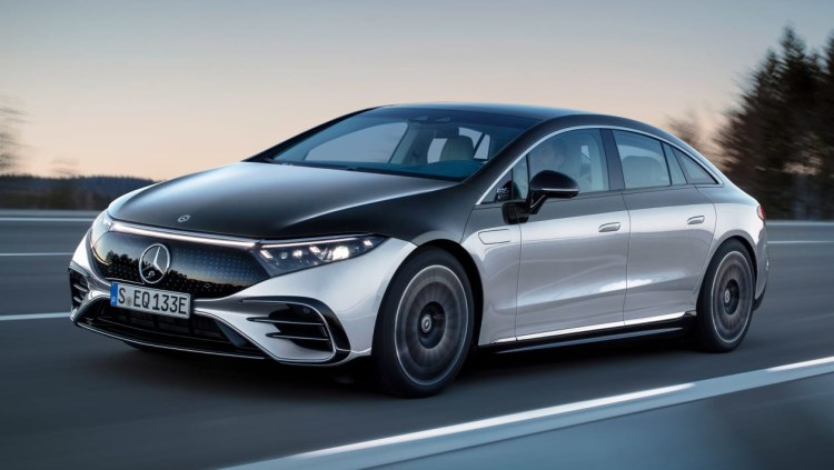 Mercedes va oferi doar masini electrice incepand cu 2030