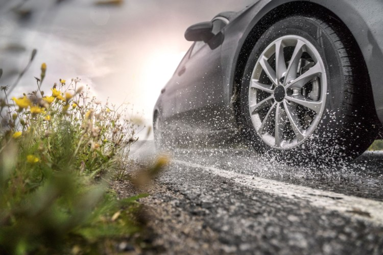 Nokian a lansat anvelopele Wetproof, Wetproof SUV si Powerproof SUV - modele performante pentru sezonul cald