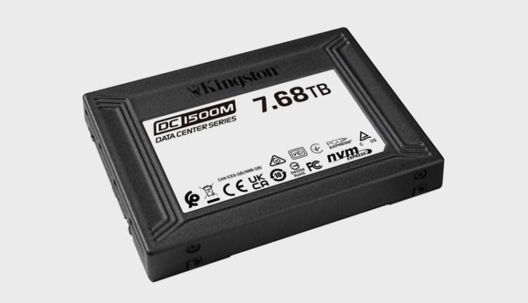 Kingston a lansat SSD-ul DC1500M pentru Data Center