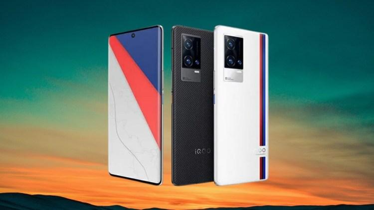 iQOO 8 şi iQOO 8 Pro - telefoane cu ecrane OLED la 120 Hz, procesor Snapdragon 888+ și 120W Fast Charging