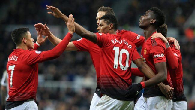 Legenda Manchester United, Andy Cole memprediksi bahwa Manchester United akan melakukan pembelajaan pemain baru secara besar-besaran pada musim depan