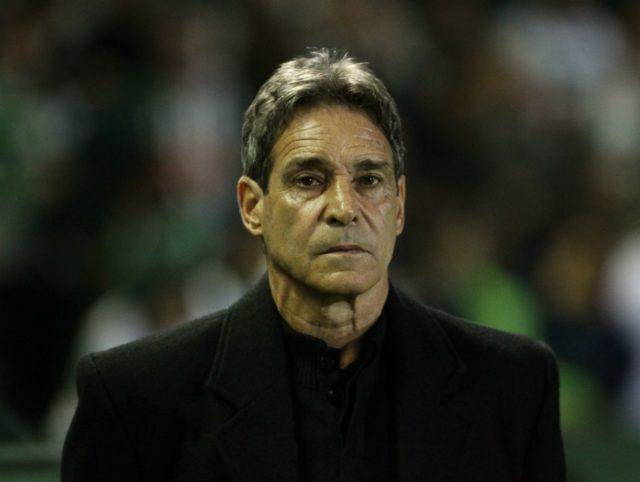 be2e87e28b Paulo César Carpegiani é o novo treinador do Vitória – Arena Rubro-Negra