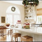 Top 7 Tips Of Christmas Kitchen Decor To Cheer Up The Cook