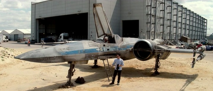 FIRST LOOK J.J. Abrams Shows Off an X-Wing