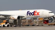 FedEx Huawei için ABD'ye dava açtı