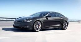 Kendi kendine giden Tesla videosu paylaşıldı!