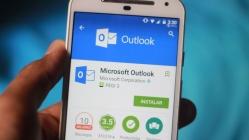 Outlook, Android ve iOS'ta karanlık moda kavuşacak