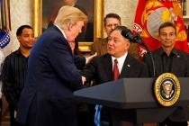 Başkan Trump, CEO'lar ile Huawei için buluştu