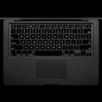 Siyah Renkli MacBook Air Bir Başka