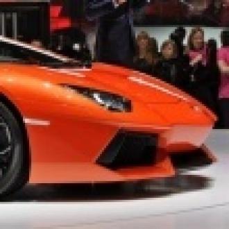Kendi Elleriyle Sıfırdan Lamborghini Üretti