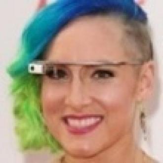 Google Glass'ı Güncelledi, Ortalık Karıştı
