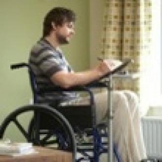 Fiziksel Engellilere Tablet Standı